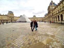 Tour pela Europa Luiza e Fernanda